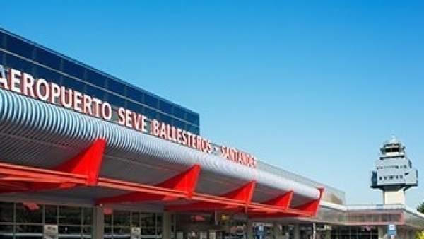 Aeropuerto Seve Ballesteros-Santander