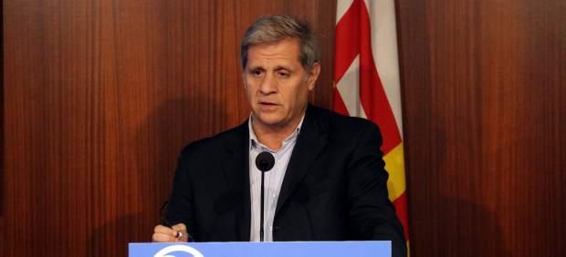 El líder del PPC en el Ayuntamiento de Barcelona, Alberto Fernández Díaz, en rueda de prensa.