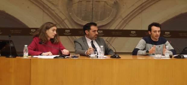 La oposición cuestiona las alegaciones y su ampliación de contrato