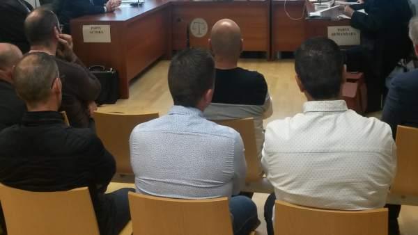 Suspenen el juí contra policies de Torrevieja acusats de torturar a detinguts que van robar a casa d'un inspector