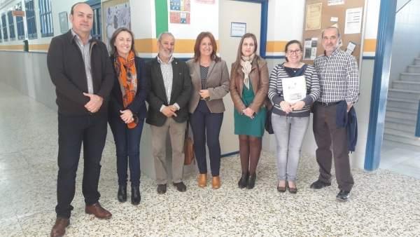 La delegada de Educación visita el IES Alaynub de Vera