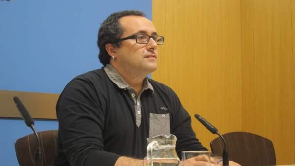 El consejero municipal de Servicios y Personal de Zaragoza, Alberto Cubero.
