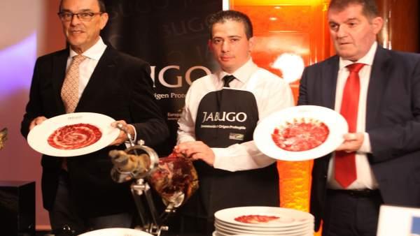 Presentan la DOP Jabugo en París.