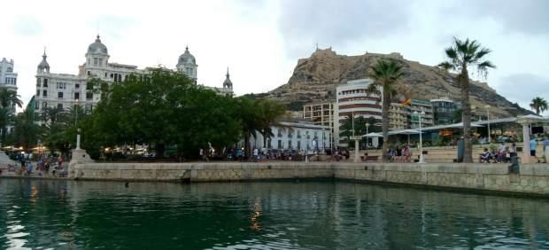 El Castillo de Santa Bárbara visto desde el Puerto