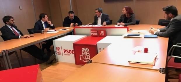 Reunión entre el PSOE y la Confederación de Empresarios