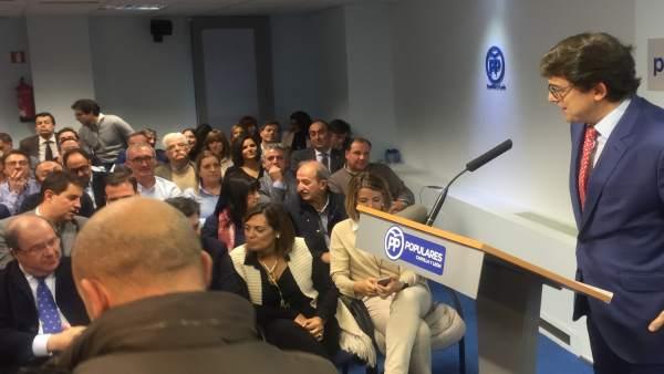 Alfonso Fernández Mañueco interviene en presencia de Juan Vicente Herrera