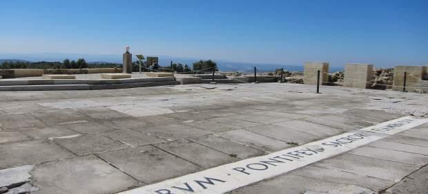 Vista parcial del foro romano de Torreparedones, en Baena (Córdoba)