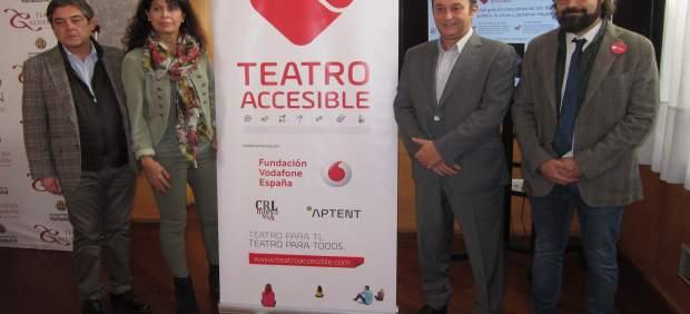 Presentación de la iniciativa 'Teatro Accesible' en el Calderón
