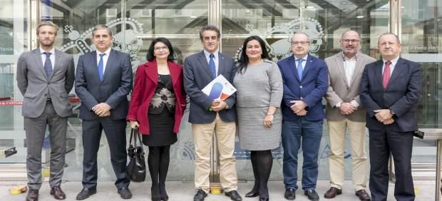 14 Nov 17 - 11:00- Sala De Prensa Del Gobierno De Cantabria El Consejero De I