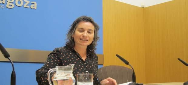 La vicealcaldesa Luisa Broto hoy en rueda de prensa en el Ayuntamiento