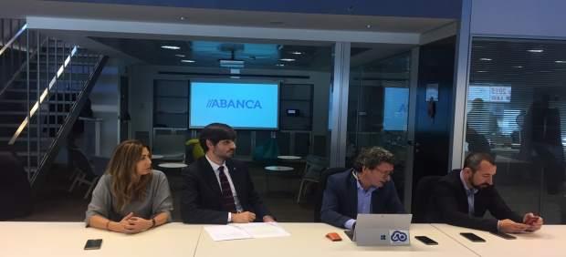 Abanca presenta en A Coruña un nuevo servicio para captar clientes.