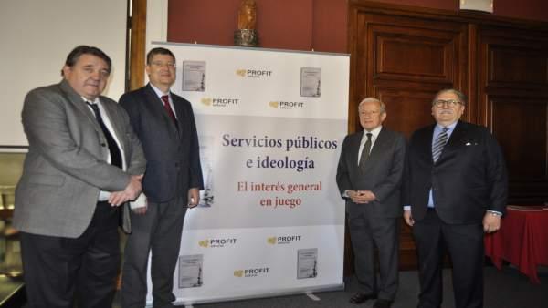 El libro se ha presentado en la Cámara de Comercio de Zaragoza.
