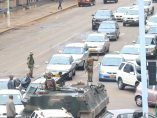 Tanques en las calles de Harare