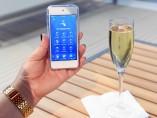 Pedir una bebida a bordo a través del móvil ya es posible en barcos de Royal Caribbean