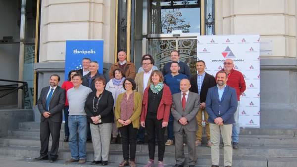 El II Foro de Alcaldes de Ebrópolis se ha celebrado hoy en la DPZ
