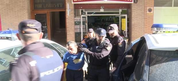 La jutgessa ordena presó sense fiança per al detingut per degollar a la seua filla de dos anys a Alzira (València)
