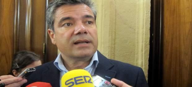 Salamanca.- Emilio Gallego atiende a los medios