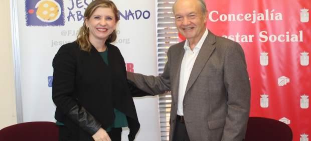 Firma convenio colaboración con Ayuntamiento de Molina