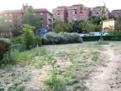El Ayuntamiento renovará casi una veintena de zonas verdes deterioradas