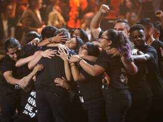 Alejandro Sanz se abraza a los 'dreamers'