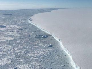 Una gran isla de hielo