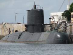 Buscan un submarino argentino con 44 tripulantes a bordo perdido desde el miércoles
