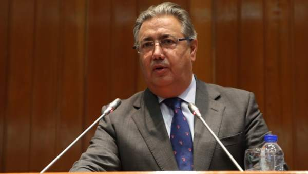 Zoido se reunir con la embajadora de argelia para abordar for Zoido ministro del interior