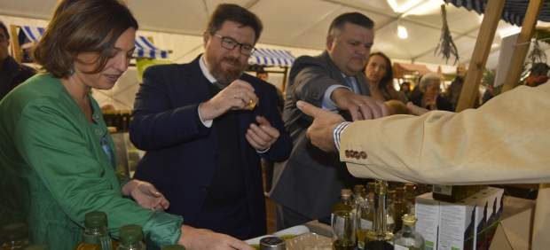 Consejero de Agricultura y alcaldesa de Córdoba visitan BIOCórdoba