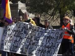 """Una protesta denuncia la """"impunidad"""" franquista en el Valle de los Caídos"""