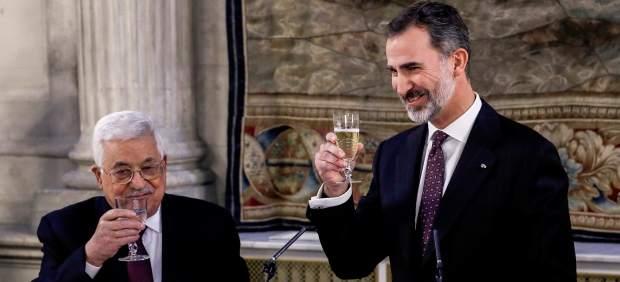 El rey Felipe y el presidente palestino, Mahmud Abás