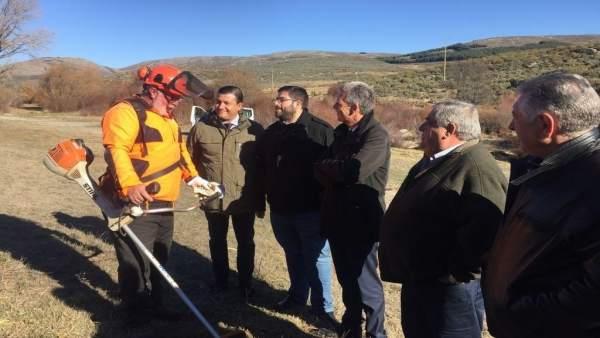 Ávila: El Presidente De La Diputación (3I) Conoce Los Trabajos Forestales