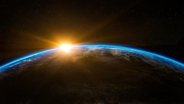 Una colisión planetaria trajo a la Tierra los elementos básicos para la vida