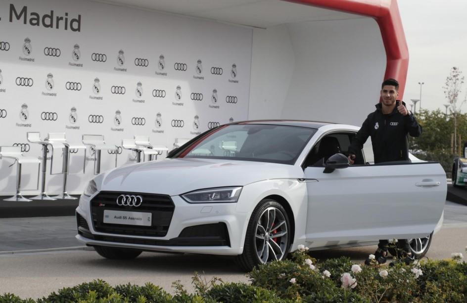 Foto: MARCO ASENSIO   Los nuevos coches de los jugadores del Real Madrid