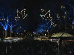 Barcelona celebra su Navidad más descentralizada