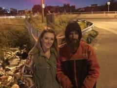 """Una joven recauda 248.000 euros para un """"sin techo"""" que la ayudó"""