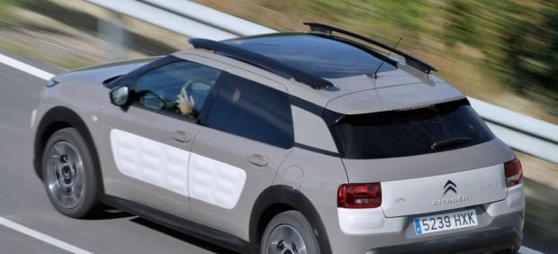 Ejemplo de baca que llevaba el Citroën C4 Cactus 2014
