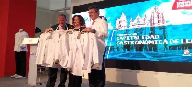 Silván (izquierda), García Cirac (centro) y Martínez Majo (derecha)