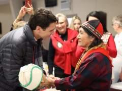 Justin Trudeau se disculpa ante indígenas por su internamiento forzoso