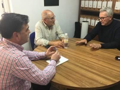 Reunión del diputado Diego Cañamero con Cáritas