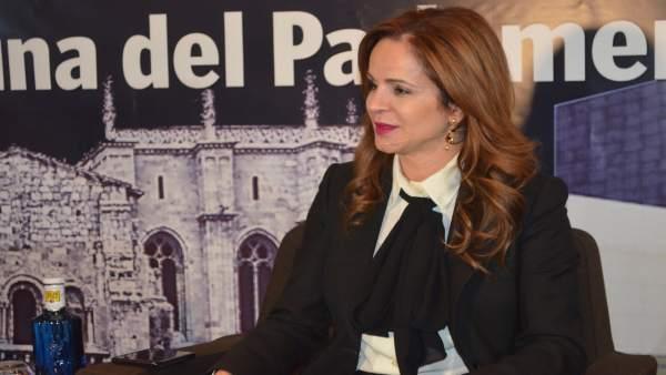 Silvia Clemente Apuesta En León Por 'Revisar Los Fundamentos De La Democracia' T