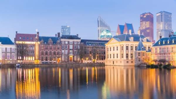 Vista del Palacio de Binnenhof en La Haya, que alberga el Parlamento holandés.