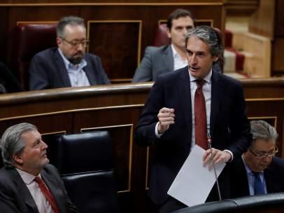 Íñigo de la Serna en la sesión de control al Gobierno
