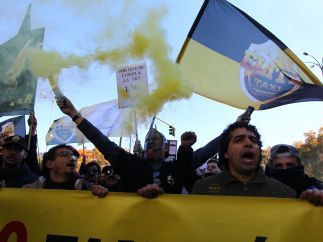 Gritos durante la marcha de los taxistas en Madrid