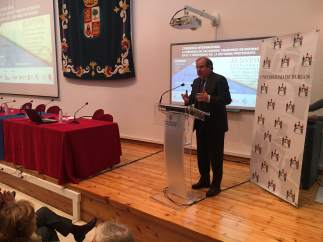Herrera interviene en la Universidad de Burgos