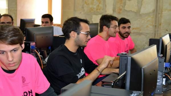 Participantes en el Hackaton Internacional.
