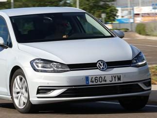 6- Volkswagen Golf