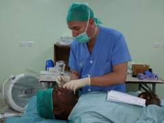 La cirugía combinada aumenta el éxito de operación de desprendimiento de retina