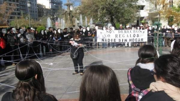 Flashmob de Cáritas en Granada por las personas sin hogar