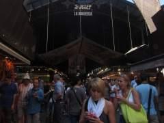 Los comerciantes de la Boqueria sí quieren turistas