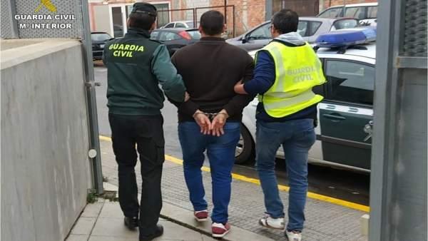 Empresario arrestado